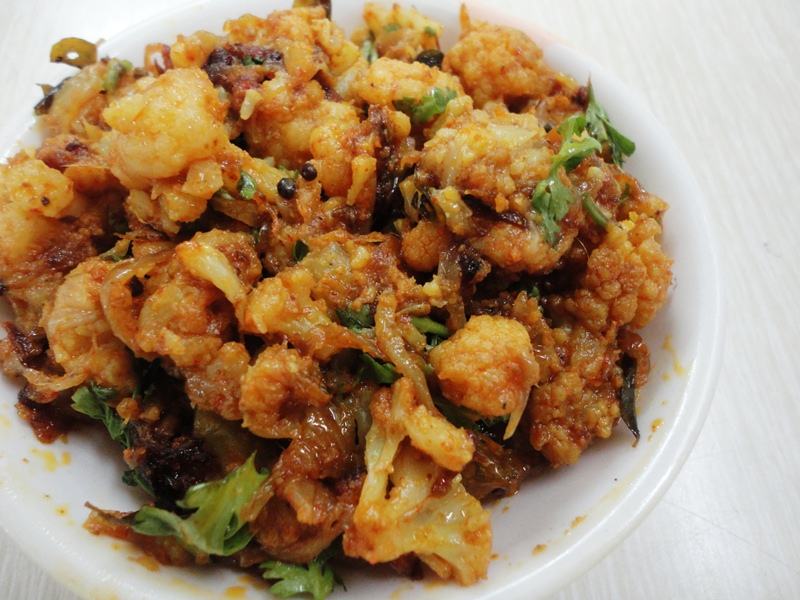 cauliflower-dry-curry