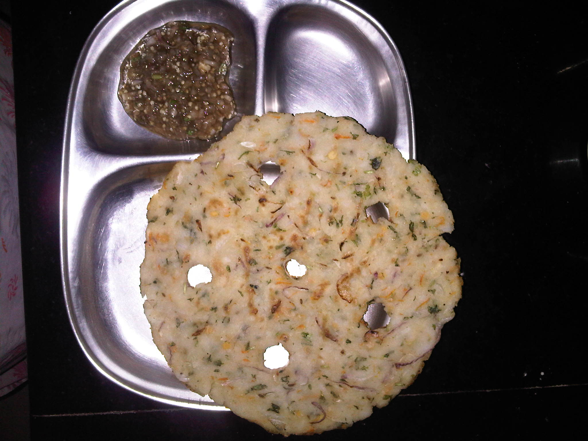 Akki Rotti with Brinjal curry