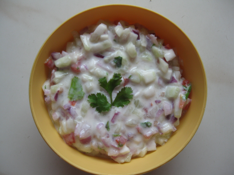 Onion, Tomato & Cucumber Raitha