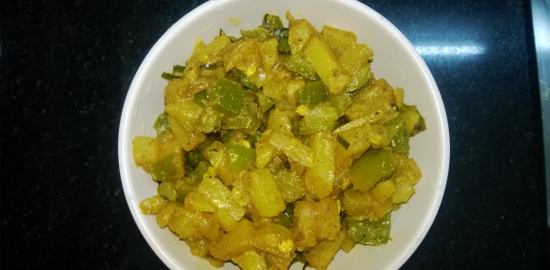 Potato Capsicum Stir Fry